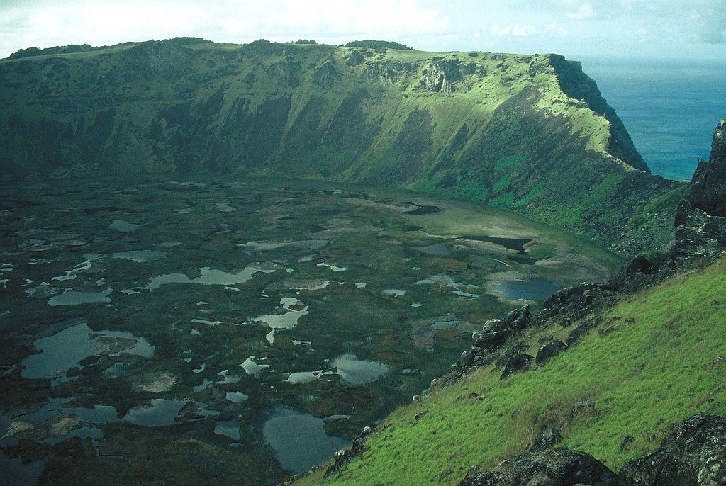 Rano Kao crater