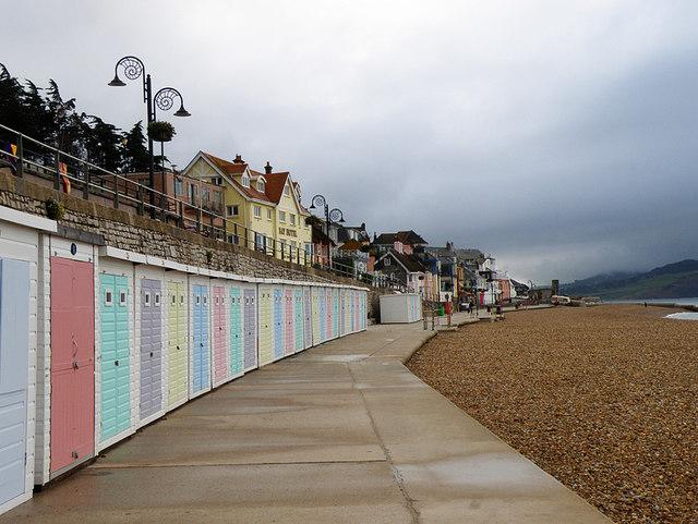Lyme Regis Beach Huts - Dorset